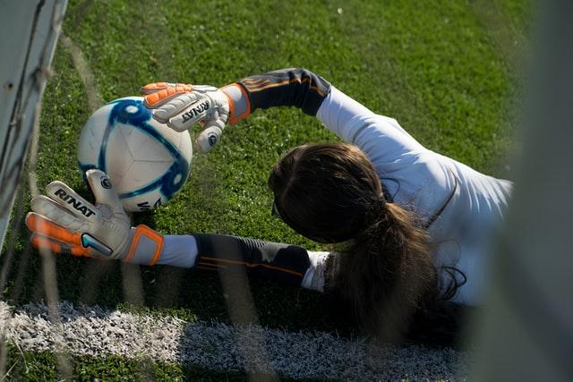 女子サッカー解説者